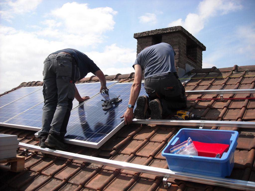 Solární ohřev vody: Jaké jsou výhody solárních panelů?